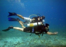 Underwater navigation is part of the Advanced Open Water course
