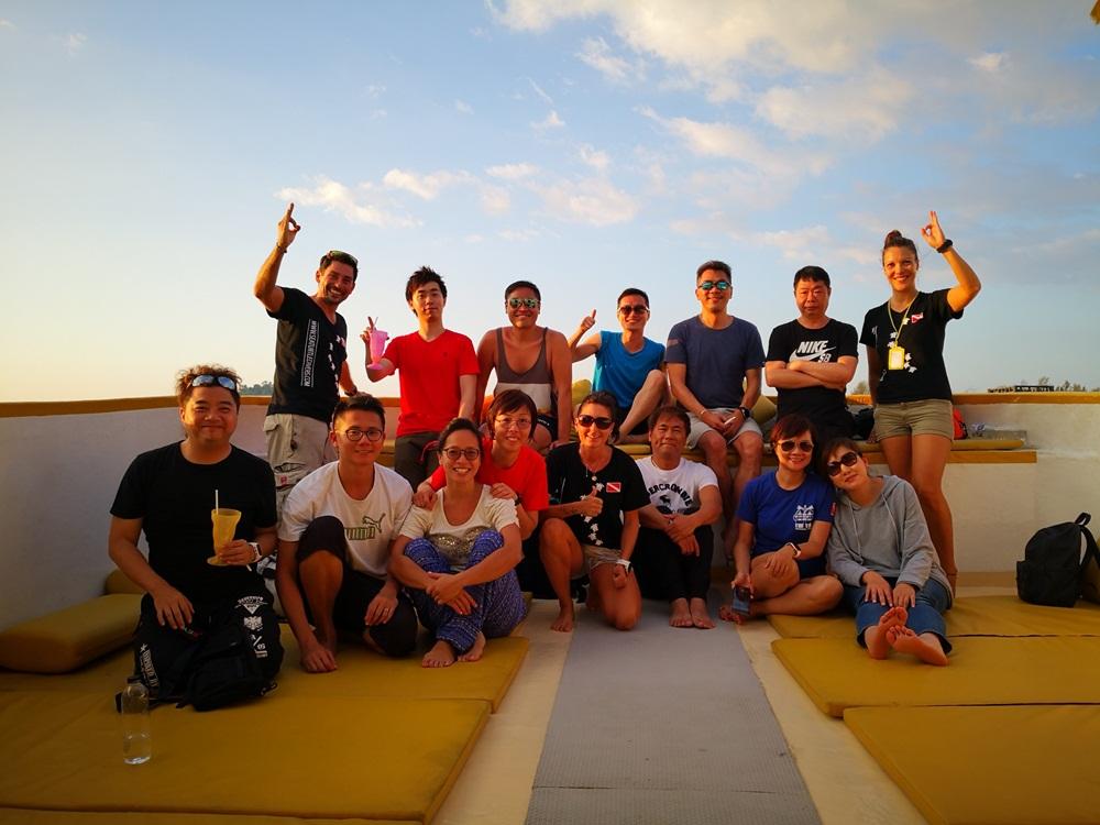 Gäste aus Hongkong auf der MV Amapon