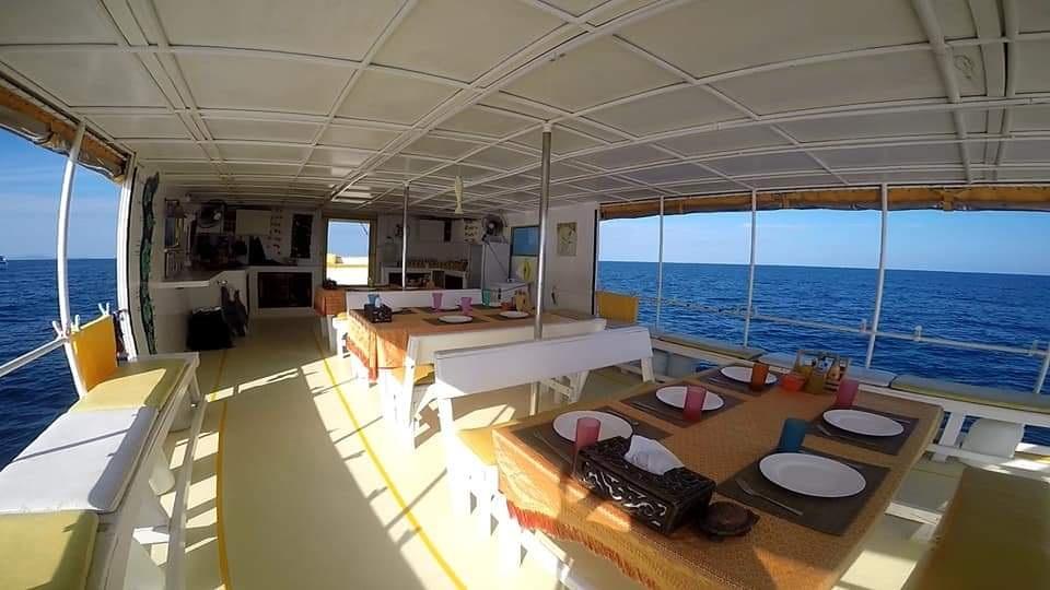 Oberdeck der MV Amapon